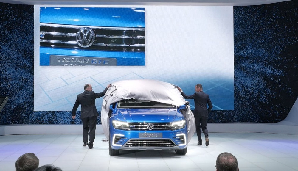 Auto Show Tokio 2015 – VW Pressekonferenz